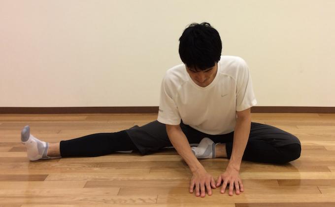 内ももの筋肉(内転筋群)のストレッチ