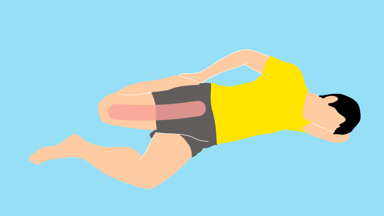 横向きにねた姿勢で行うもも前(大腿四頭筋)のストレッチ
