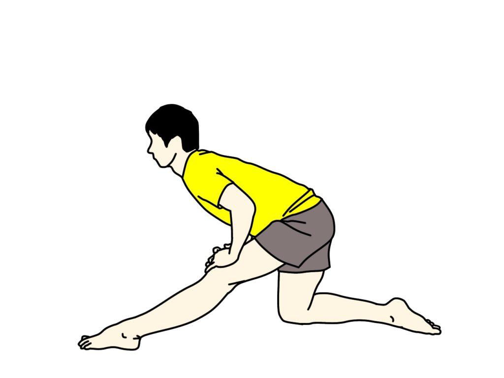 片膝立ち姿勢で行うもも裏(ハムストリングス)のストレッチ
