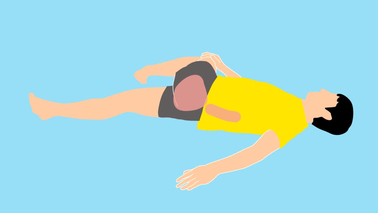 仰向けの姿勢で行うお尻(大殿筋)〜腰のストレッチ