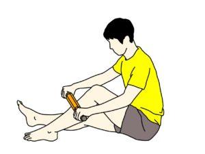 マッサージローラー(フォームローラー)でスネ(前脛骨筋)の筋肉をほぐす方法