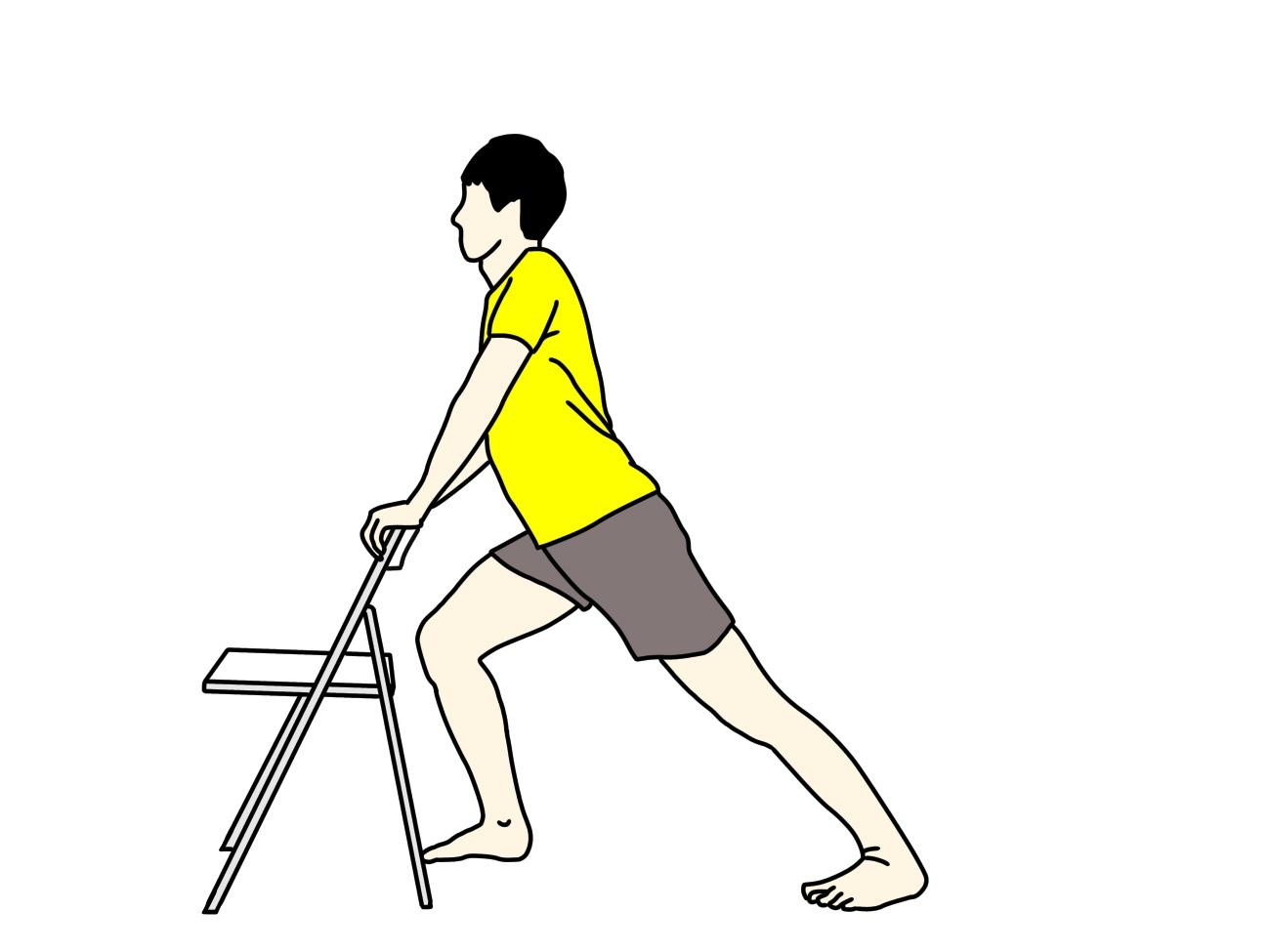 椅子につかまって行うふくらはぎの筋肉(下腿三頭筋)のストレッチの方法