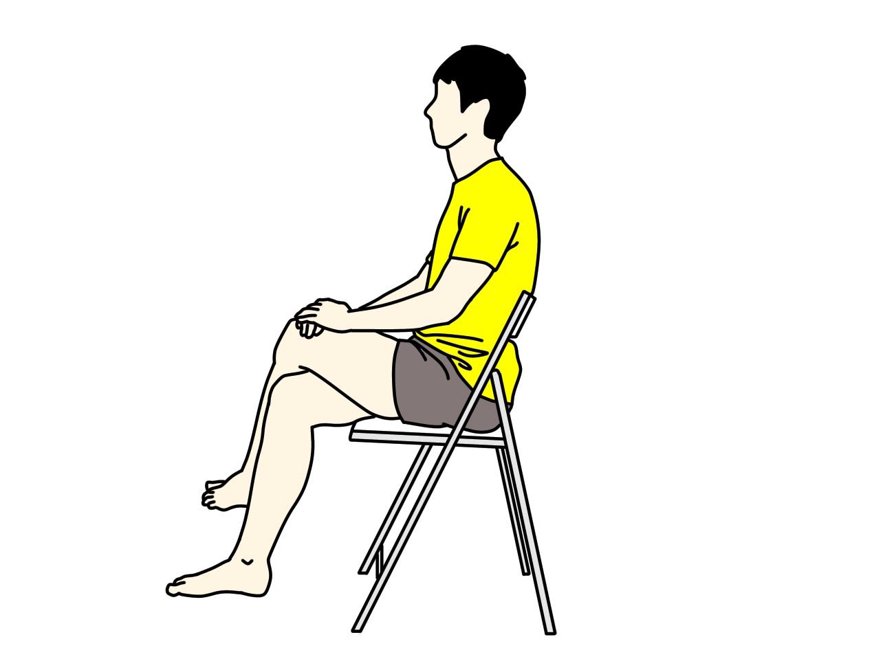 椅子に座った姿勢で行うお尻〜腰の筋肉のストレッチの方法1