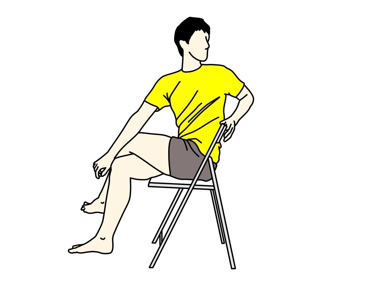 椅子に座った姿勢で行うお尻〜腰の筋肉のストレッチの方法2