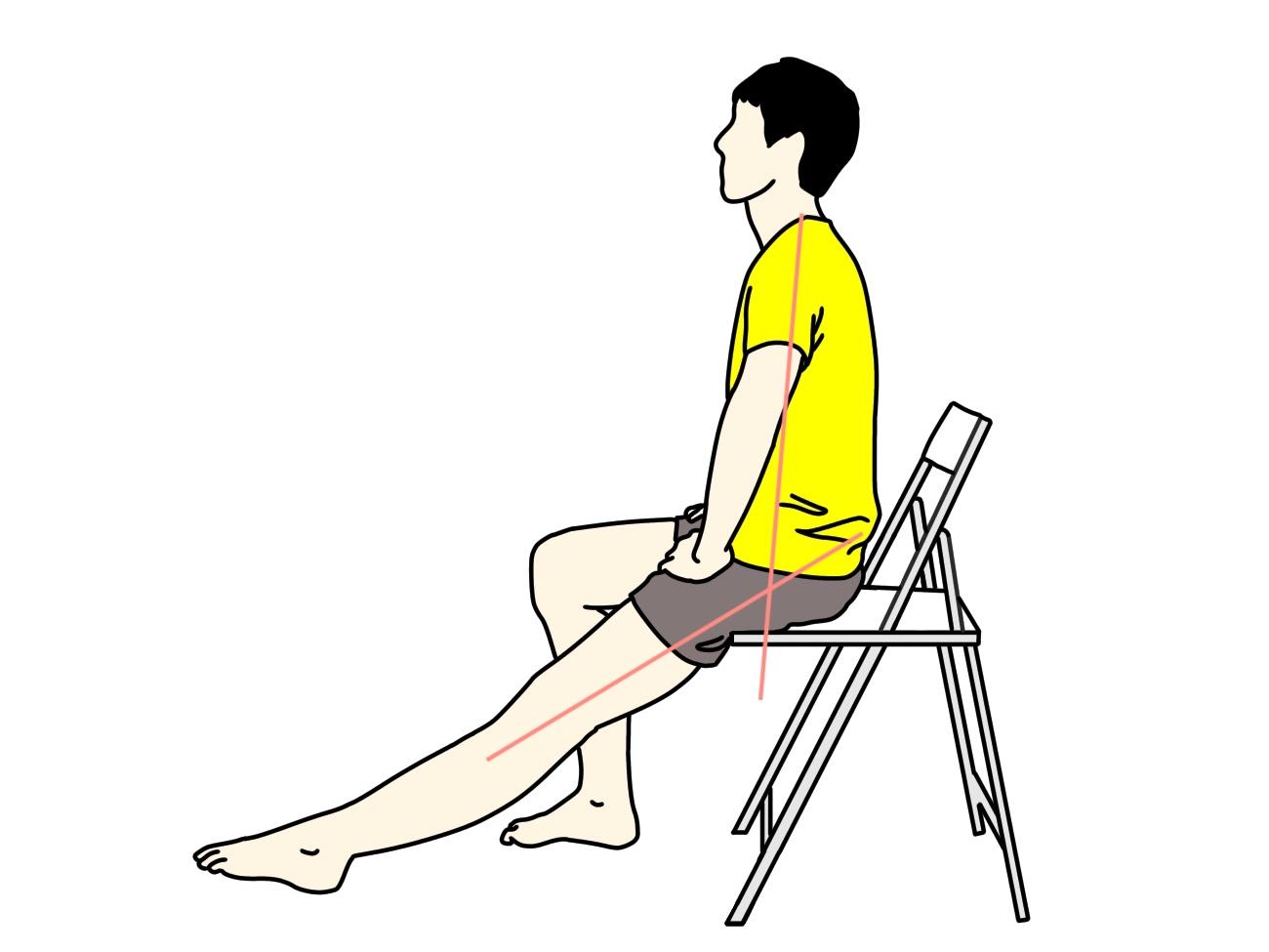 椅子に座りながらできるもも裏のストレッチ1