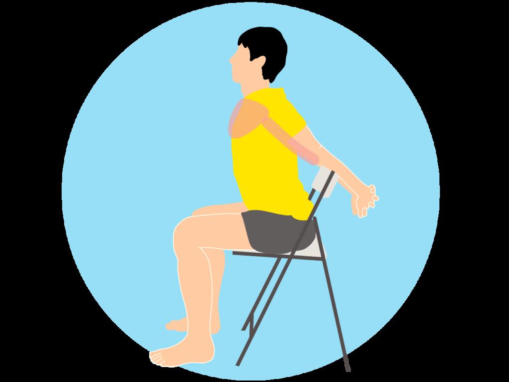 椅子に座りながら行う大胸筋と上腕二頭筋のストレッチ