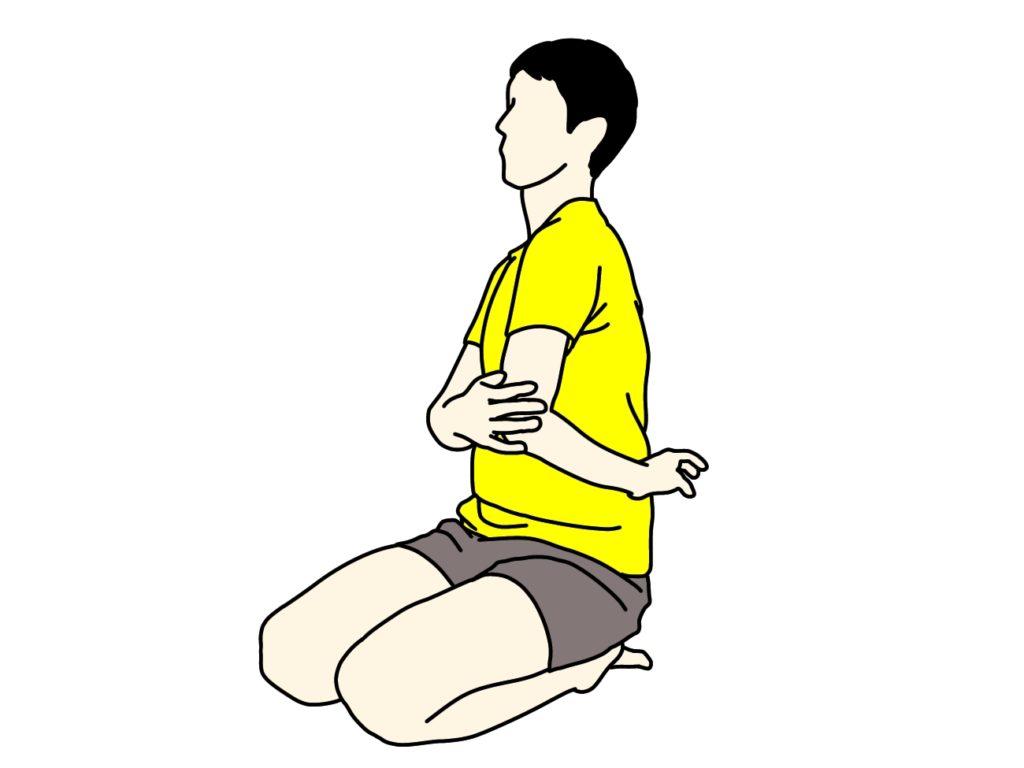 肩甲骨を外に広げて背中を伸ばすストレッチ
